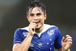 Cruzeiro: Willian se acerta com o clube. Falta resposta do Metalist