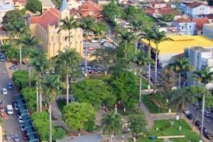 Manhuaçu: dia de jogo do Brasil. Confira as mudanças na cidade