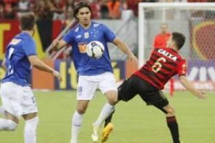 Brasileirão: Cruzeiro empata; Atlético vence o Vitória