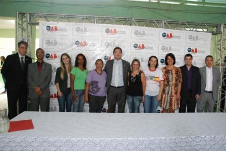 """Manhumirim: Projeto """"OAB vai à Escola"""" na Escola Maria da Conceição Ribeiro"""
