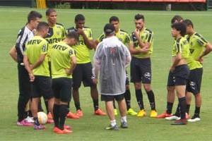 Libertadores: Dátolo volta ao time nesta quinta-feira diante do Santa Fe