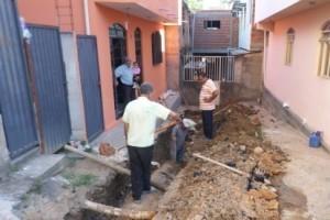 Manhuaçu: Rede pluvial é refeita no Bairro Lajinha