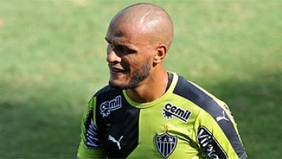 Atlético recebe a Caldense pelo Mineiro. Hyuri na reserva