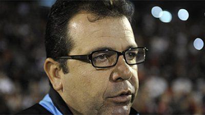 América tem novo treinador: Enderson Moreira