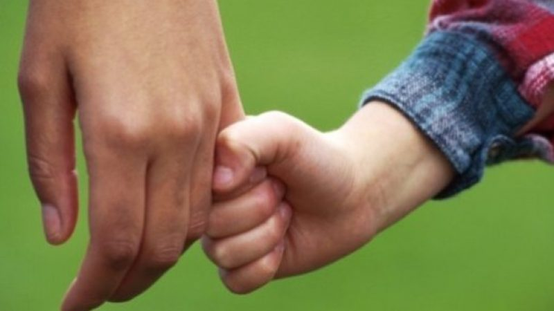 Brasil tem 8,7 mil crianças à espera de uma família, diz CNJ