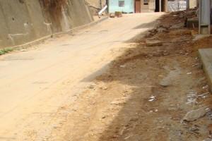 Manhuaçu: Moradores pedem asfaltamento na Ponte da Aldeia