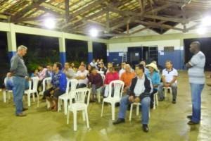 Manhuaçu: Secretário de Obras se reúne com moradores do Bairro Bom Jardim