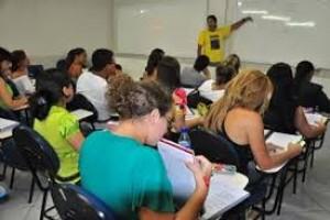 Educação: cinco das dez melhores escolas do ranking do Enem 2012 estão em Minas
