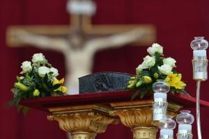 Religião: Vaticano expõe relíquias do apóstolo São Pedro