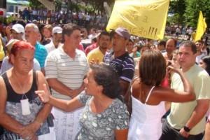 Manhuaçu: manifestação contra nucleação de escolas movimenta a cidade
