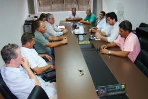 Manhuaçu: novo secretário de Saúde se reúne com vereadores e pede apoio para combate a dengue