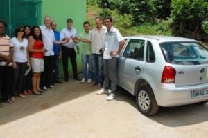 Manhuaçu: Associação Comunitária do Córrego dos Diniz recebe veículo
