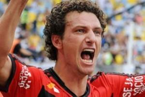 Rio de Janeiro: Flamengo derrota o Vasco de virada