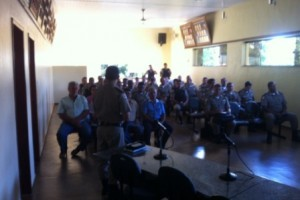 Caputira: PM debate segurança pública com a comunidade
