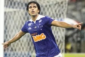 Minas: Cruzeiro vence e garante primeiro lugar no Mineiro