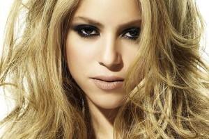 Artistas: Shakira é criticada por música; Jagger quer o filho em Portugual; SBT preocupado com ausência de Sílvio