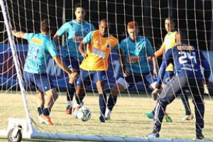 Brasileirão: Campeão Brasileiro começa com time reserva na Bahia