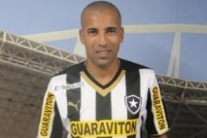 Nacional: Botafogo apresenta Sheik