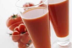 Vida e Saúde: suco de tomate ajuda a emagrecer
