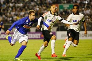 Brasileiro: Cruzeiro é derrotado pelo Corinthians