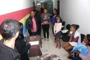 """Manhumirim: CVT realiza """"Feira novos Mercados"""""""