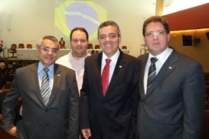Manhuaçu: Diretoria da OAB se reúne com presidente da Nova CAA