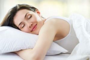 Vida e Saúde: acorde mais bonita com 8 cuidados antes de dormir