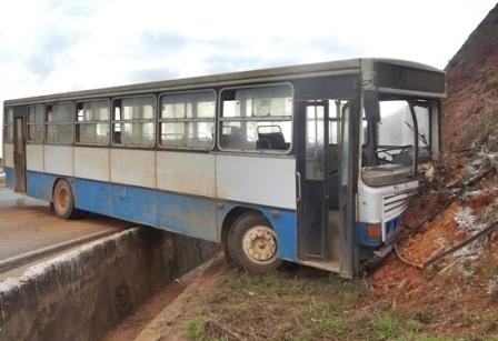 Carro-e-ônibus-116-05