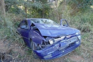 Fervedouro: acidente na 116 deixa 4 pessoas com ferimentos leves