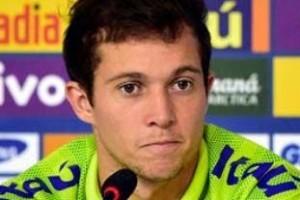 Copa do Mundo: Bernard pode assumir vaga de Neymar contra Alemanha