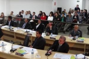 Manhuaçu: vereadores cobram pagamento de piso e Insalubridade para servidores da Saúde