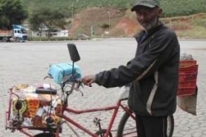 Divino: homem de 62 anos segue de bicicleta de Aracaju a São Paulo