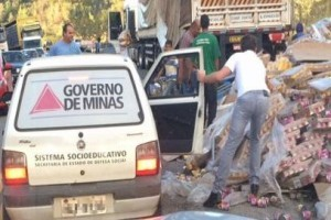 Investigação: veículo da Prefeitura de Caparaó flagrado em saque de carga na BR 381