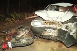 Vargem Alegre: batida entre motocicleta e carro mata uma pessoa na BR 425