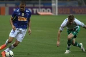 Brasileirão: Cruzeiro vence de goleada; Atlético joga mal e empata