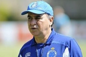 Cruzeiro: técnico completará 100 jogos no domingo