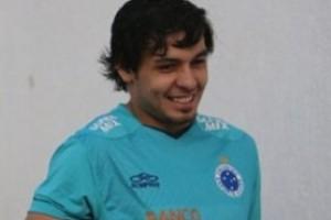 Minas: Ricardo Gourlart é poupado no Cruzeiro; Atlético trabalha jogadas aéreas