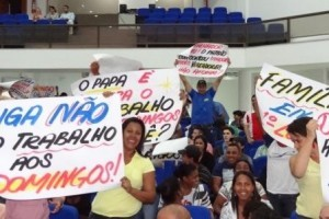 Manhuaçu: Audiência Pública decide por fechamento de comércio aos domingos