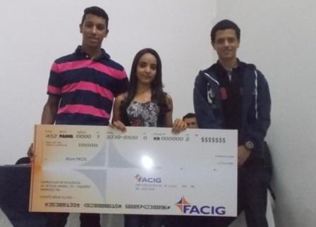 Facig (4)