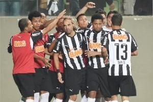 Brasileirão: Atlético derrota o Santos