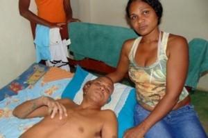 Divino: Esposa de rapaz esfaqueado pede justiça
