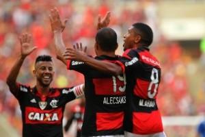 Brasileirão: Flamengo derrota o Cruzeiro; Atlético vence o São Paulo