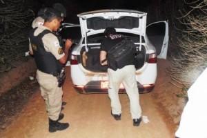 Divino: Taxista é encontrado morto dentro do porta-malas do próprio carro