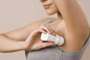 Vida e Saúde: Motivos para usar desodorante, além de combater o mau cheiro