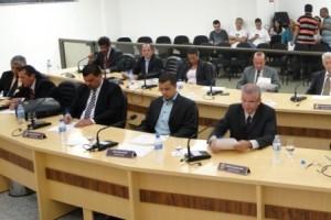 """Manhuaçu: Aprovada suplementação de R$ 120 mil para o SAMAL. """"Legislativo não trava a Administração"""", diz presidente"""