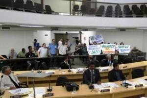 Manhuaçu: Aprovada Lei que determina fechamento do comércio aos domingos na cidade