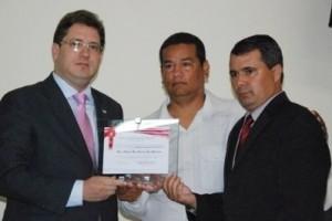 Ipanema: Presidente da OAB Manhuaçu recebe título de cidadão honorário