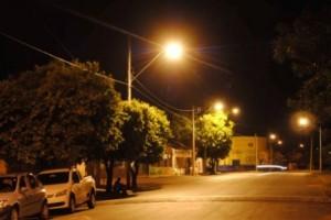 Economia: Municípios serão responsáveis pela iluminação pública a partir de janeiro