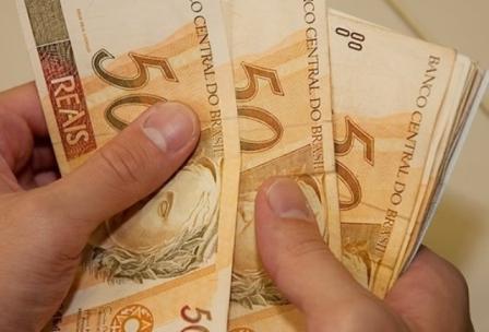 dinheiro-pagamento-13salario