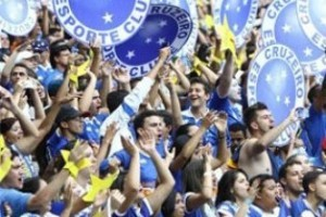 Mineirão: mais de 40 mil participam da festa do Cruzeiro